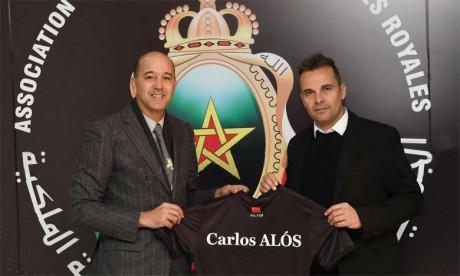 L'Espagnol Carlos Alós Ferrer  succède à M'hamed Fakhir