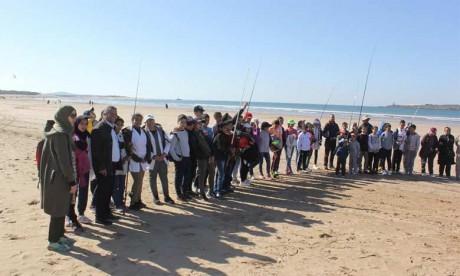 Les écoliers ont bénéficié d'un atelier de formation et d'information sur la vie dans les mers et les océans, ainsi que sur les ressources halieutiques que recèle le littoral d'Essaouira.