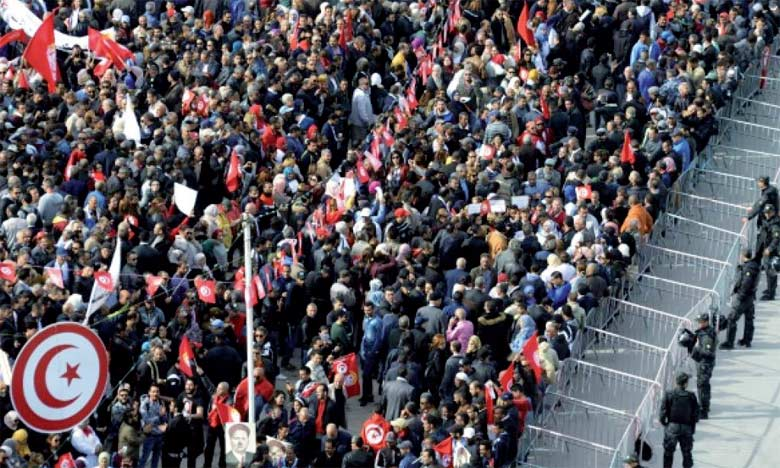 La grève de jeudi est la première de ce type, touchant à la fois la fonction publique et les entreprises publiques, selon l'UGTT et des historiens.  Ph. DR