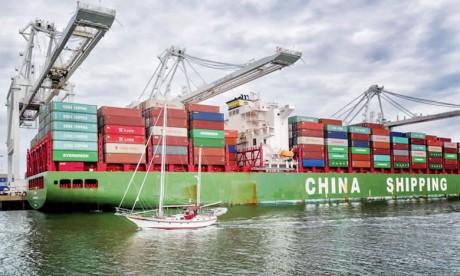 La Chine enregistre sa plus forte baisse en 2 ans