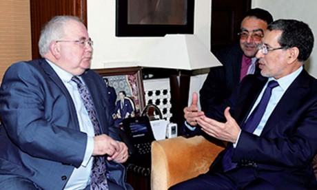 Rakiya Eddarhem s'entretient avec le président  de la Chambre des députés irlandaise