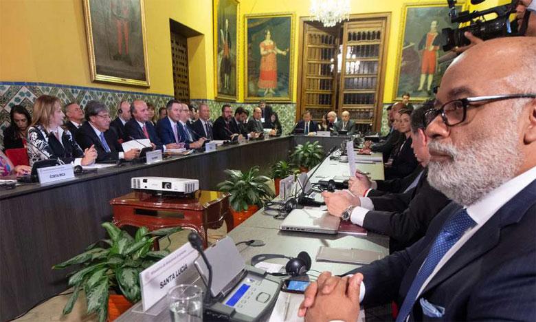 À l'issue de la rencontre, 12 pays d'Amérique latine et le Canada ont signé une déclaration destinée à coordonner des mesures  à l'encontre du pouvoir de Caracas.