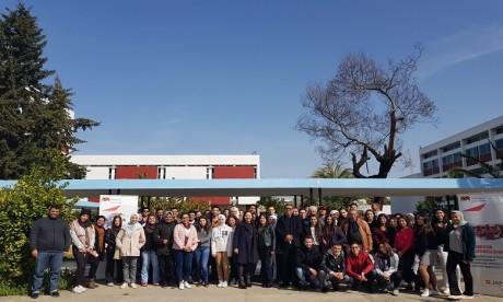 Plus de 20.000 élèves soutenus par la Fondation Attijariwafa bank