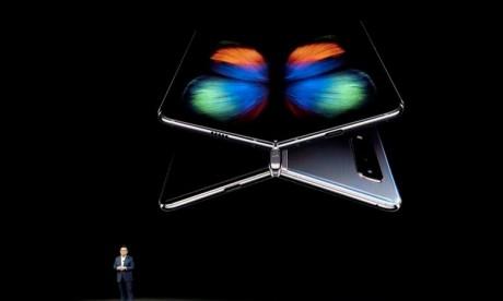Samsung dévoile son écran pliable et son modèle 5G