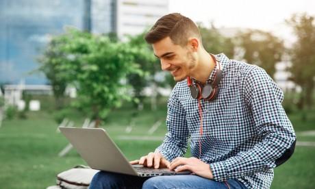 Le Smart Campus Al Irfane deviendra un territoire fortement attractif pour les jeunes talents créatifs et un site éco-friendly à faible impact carbone. Ph. Shutterstock