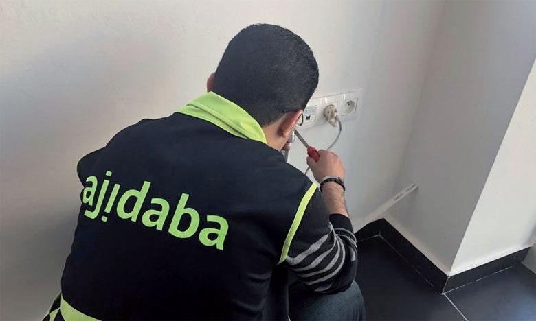 Opérationnelle tous les jours de la semaine 24 h/24, «Ajidaba» permet de réserver un professionnel à l'avance.