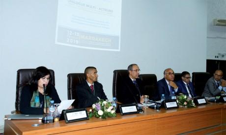 Dialogue multi-acteurs sur «L'université, plateforme pour des solutions innovantes aux défis du développement durable en Afrique»