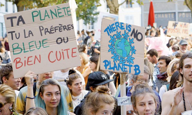 La mobilisation des jeunes  se mondialise