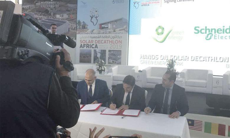 Ce partenariat prévoit la collaboration entre les deux partenaires pour faire de la maison de l'innovation du «Green and Smart Building Park» de Benguerir le modèle du bâtiment innovant. Ph. DR