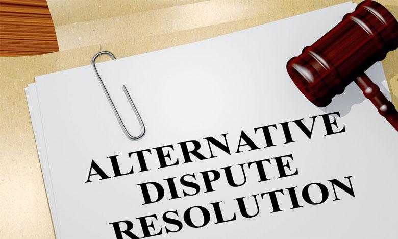 Un Colloque sur les modes  alternatifs de résolution des conflits