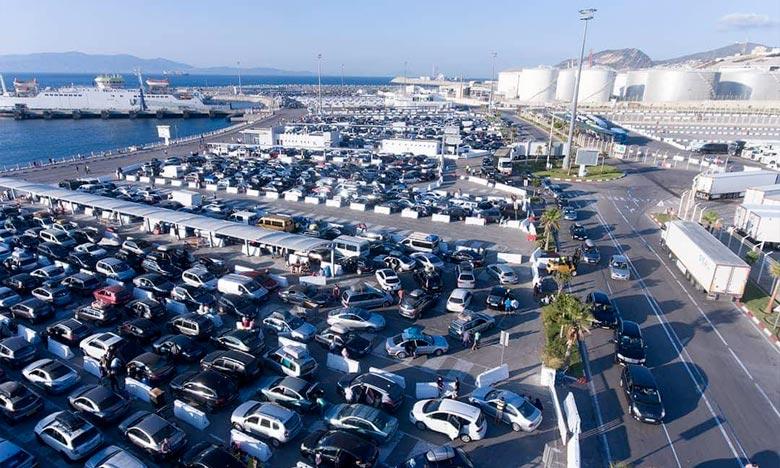 Saisie à Tanger-Med d'argent en devise et d'appareils électroniques