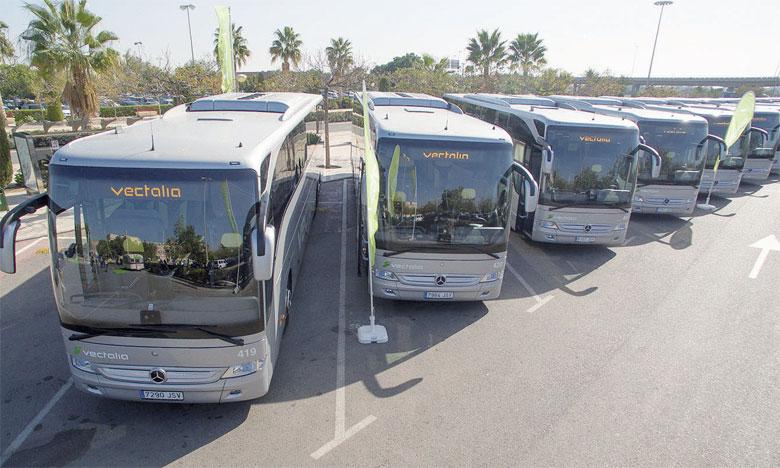 Les 35 nouveaux bus ont été présentés au niveau de la Place de l'Indépendance.