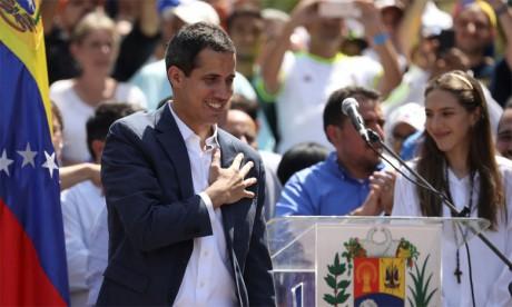 L'opposant Juan Guaido dénonce un régime «isolé» après l'expulsion d'eurodéputés
