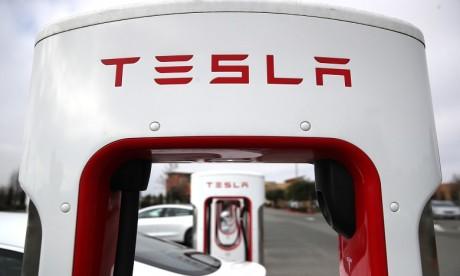 Tesla va vendre ses modèles uniquement en ligne