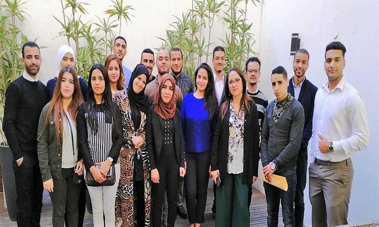 Les recruteurs à la rencontre de la 6e promotion d'« Al Ikram Lil Amal »