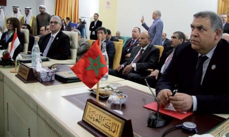 Le Maroc réitère son engagement à adhérer à toute initiative renforçant la sécurité arabe dans le cadre de la légitimité internationale