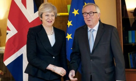 Theresa May réussit à arracher des garanties