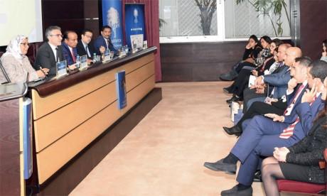 La Fondation marocaine pour l'éducation financière sensibilise les élèves aux concepts financiers de base