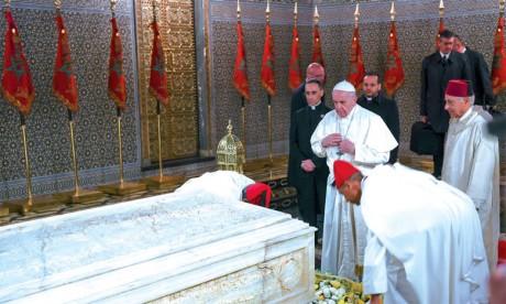 Sa Sainteté le Pape François visite  le Mausolée Mohammed V