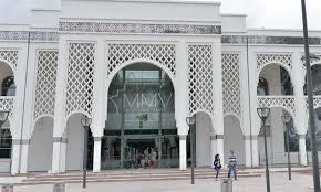 Fondation Pierre Bergé/Yves Saint Laurent : Une collection de 32 caftans remise au Maroc