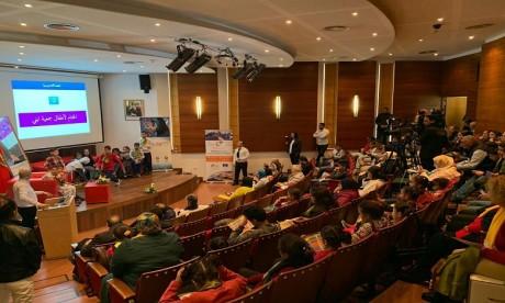 AUSIM : Les jeunes sensibilisés aux dangers de l'internet