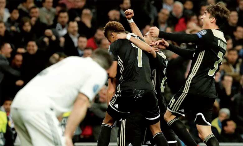 L'Ajax s'est imposé avec une équipe dont la moyenne d'âge ne dépasse pas 22 ans et demi.