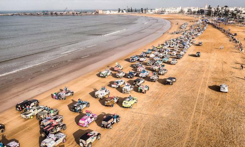 Un défilé de véhicules a parcouru le littoral sous les ovations du public.