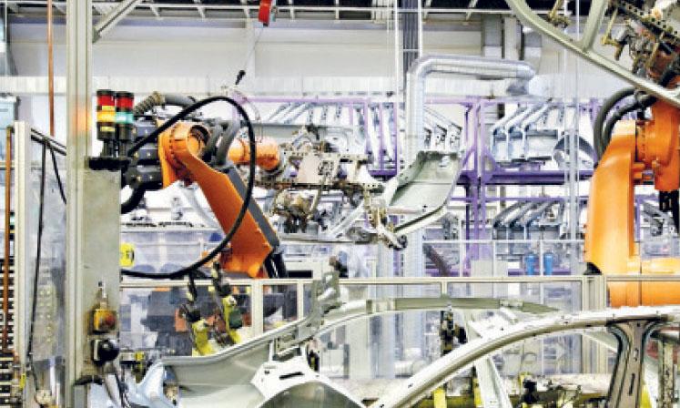 La hausse de la production dans l'industrie manufacturière devrait essentiellement toucher les industries alimentaires et l'industrie chimique.