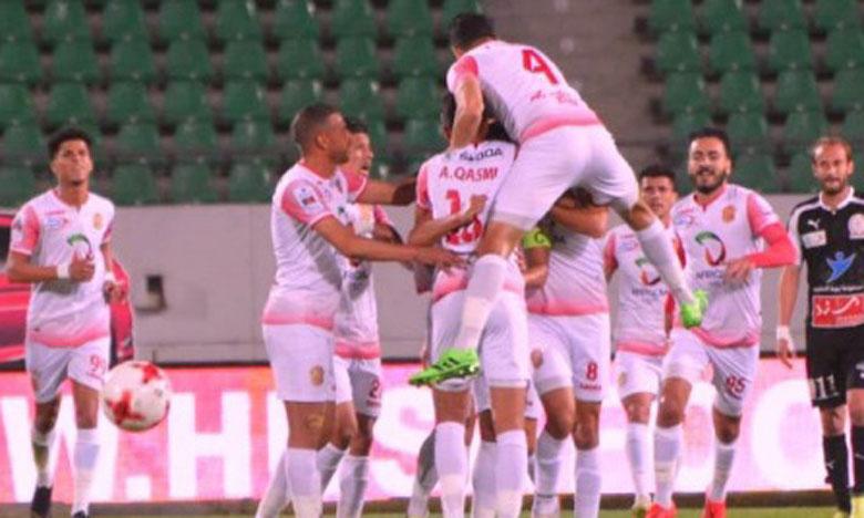 La joie des joueurs du Hassania après leur succès 5-1 face au KACM.