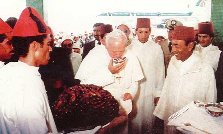 Amour, amitié et concorde entre les nations et les religions, un objectif commun