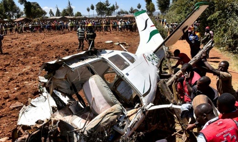 Un hélicoptère s'est écrasé dans le parc national de Central Island, au Lac Turkana, tuant quatre touristes américains et le pilote kényan. Ph : AFP