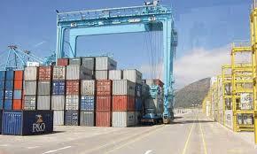 Le déficit commercial s'allège de 10,6% à fin février