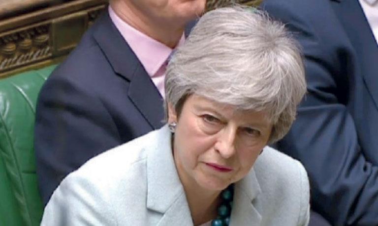 La Première ministre britannique, Theresa May, a annoncé qu'elle s'opposerait au choix des députés si celui-ci entrait en contradiction avec les engagements de son parti en faveur d'une sortie du marché unique et de l'union douanière. Ph. AFP