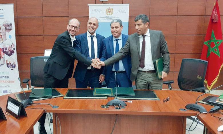 L'une des conventions a été signée entre l'Université Polytechnique  des Hauts-de-France, l'Institut des sciences techniques de Valenciennes, l'Université Chouaïb Doukkali et l'École nationale des sciences appliquées d'El Jadida.
