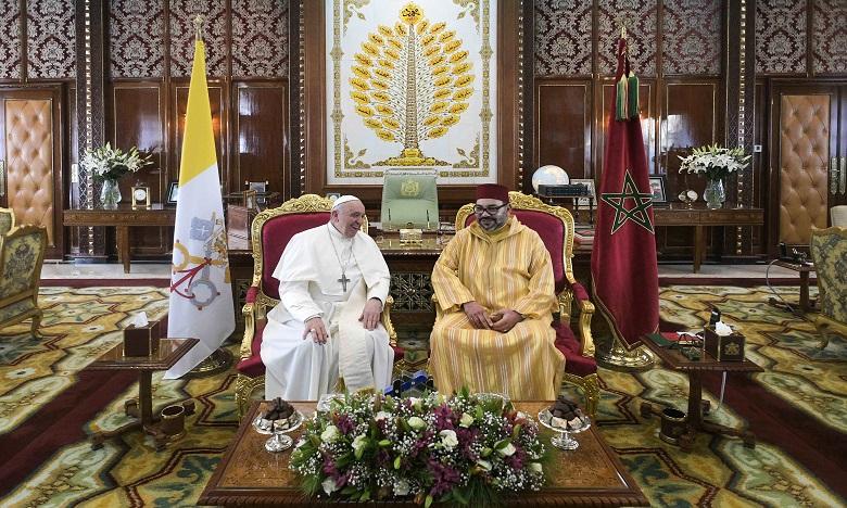 """Amir Al-Mouminine, S.M. le Roi Mohammed VI, et Sa Sainteté le Pape François signent """"l'Appel d'Al Qods"""""""