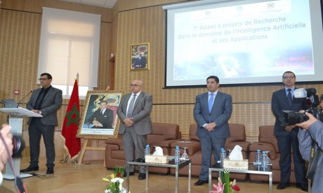 Saïd Amzazi a participé à une conférence-débat organisée par l'Université Mohammed V de Rabat sur le thème : «Les enjeux de l'intelligence artificielle (IA) pour l'éducation et la formation ».