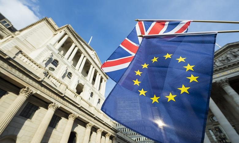 La Banque d'Angleterre joue la prudence en plein flou sur le Brexit