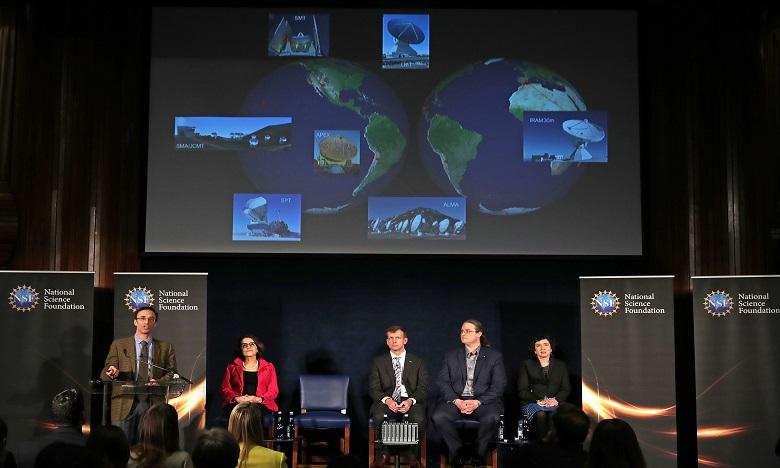 Les auteurs de cette aventure scientifique: une collaboration internationale qui regroupe une dizaine de radiotélescopes et d'observatoires répartis autour du globe. Ph. AFP