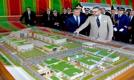 S.M. le Roi lance à Rabat les travaux de construction du nouveau siège de la Direction générale de la Sûreté nationale, vecteur de modernité et d'efficience
