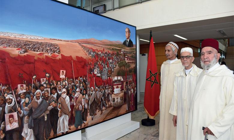 Le Dr Mechiche Alami essaye de promouvoir la connaissance de l'Histoire à travers 27 tableaux de peinture racontant l'occupation étrangère de certaines parties du Maroc et la forte résistance des Marocains à cette occupation. Ph. Kartouch