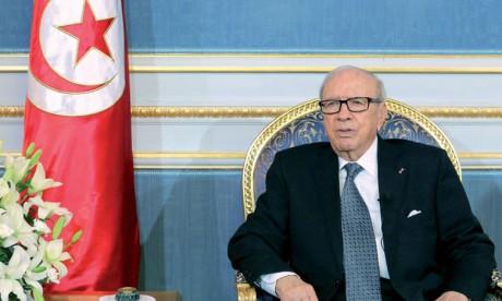 Prolongation de l'état d'urgence d'un mois en Tunisie à partir de samedi