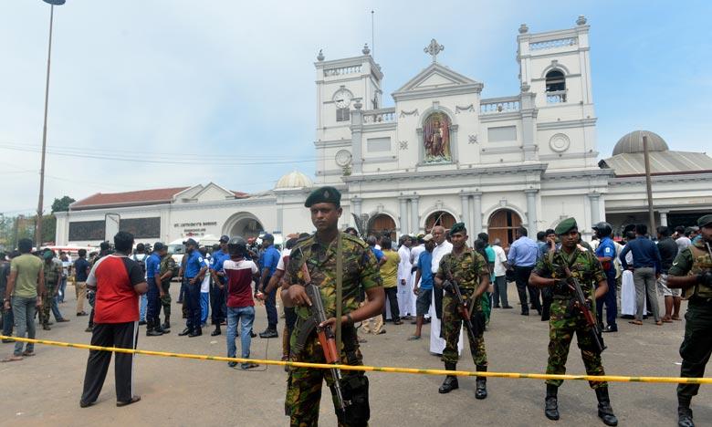 Des explosions meurtrières secouent le Sri Lanka