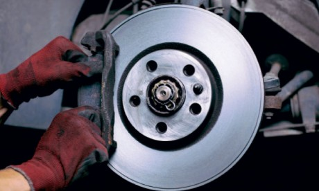 Saisie de pièces de rechange automobile défectueuses