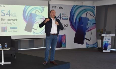 Infinix monte en puissance et lance le S4