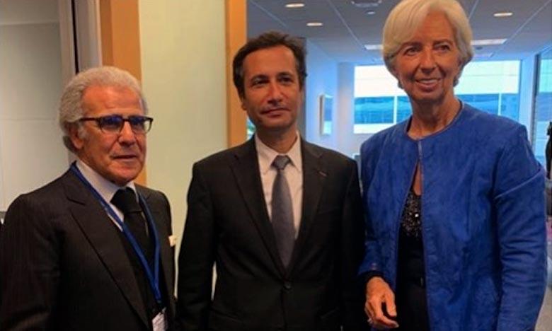 Lors de son séjour à Washington. Mohamed Benchaâboun, ministre de l'économie et des Finances, a tenu une réunion avec Christine Lagarde, DG du FMI. Ph : DR
