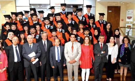 Les 38 lauréats de la 10e promotion  du Master international honorés