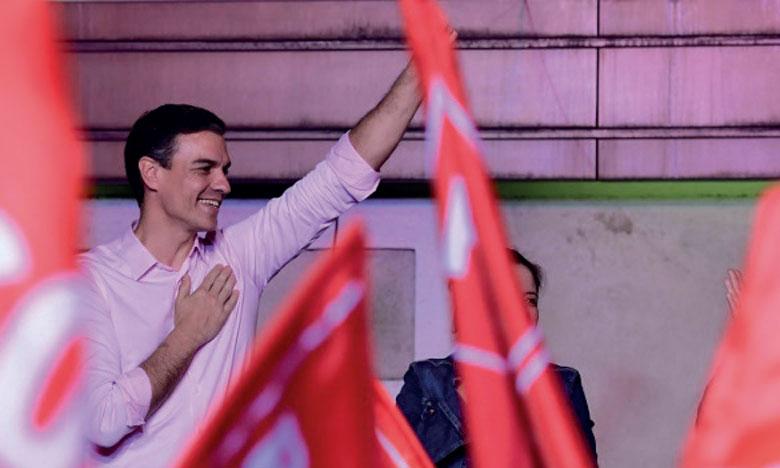 Victoire du Parti socialiste, percée  de l'extrême droite