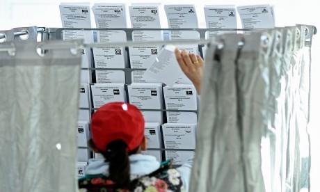 Espagne : les candidats à la présidence du gouvernement appellent à un vote massif