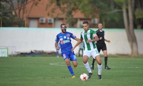 La victoire contre le Kawkab Athlétique Club de Marrakech (KACM) permet aux Khouribguis de se hisser à la 8e place avec 31 points . Ph : Seddik