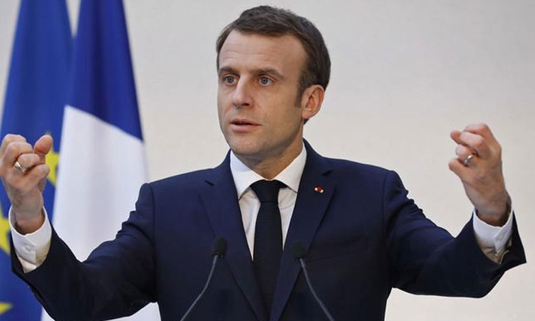 Macron reçoit des Kurdes syriens et les assure  du soutien de la France